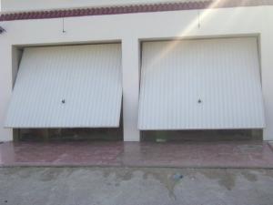 Vente de porte basculante tunisie for Porte coulissante en fer forge tunisie