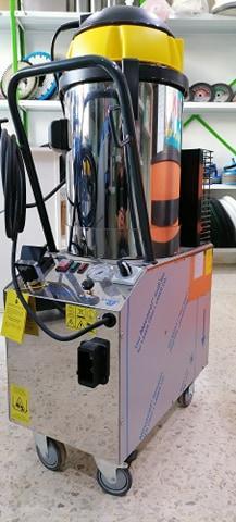 Nettoyeur à vapeur - Italie