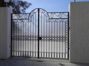 Vente de porte en fer forg tunisie for Porte fer forge en tunisie