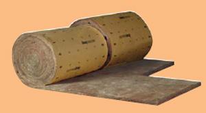 Panneau roulé semi rigide revêtu d'un pare-vapeur kraft