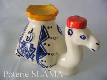Articles de d�coration en c�ramique: Bougeoire chameau