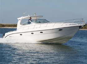 Majesty Yachts  Oryx 40