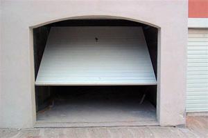 Porte basculante