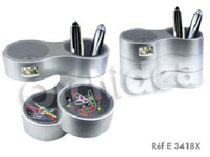 Pot � stylos
