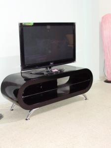 Table LCD OVA