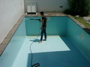 Entretien et nettoyage piscine tunisie tunisie for Service entretien piscine