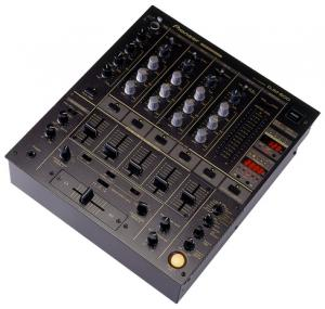 Table de mixage pioneer  DJM-600