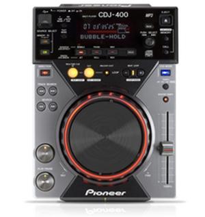 Lecteur CD MP3 avec ports USB int�gr�s PIONEER
