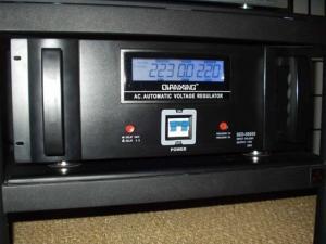 Stabilisateur, régulateur de tension 240VAC