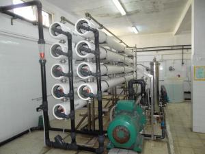 Station de traitement d'eau par osmose inverse