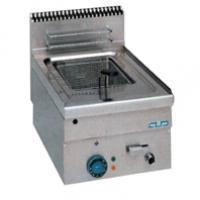 Friteuse electrique ou a gaz