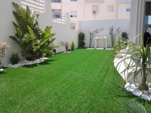 D coration terrasse tunisie for Decoration jardin villa