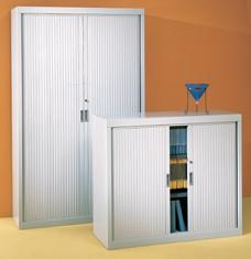 Armoire haute � portes coulissantes en PVC