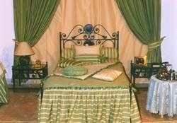Linges de lit: Couvre-lit et coussins