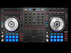 DDJ-SX Contr�leur Serato DJ � 4 canaux avec pads performance