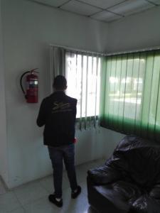 rideaux vertical a l'interieure