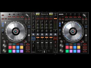 Controleur PIONEER DJ DDJ-SZ2