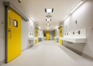 Solid Surface_Hôpitaux, laboratoire et espace public