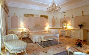 Chambre � coucher de palais