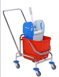 Chariots de nettoyage