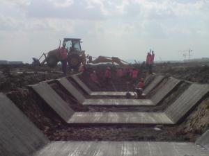 Construction du canal en béton