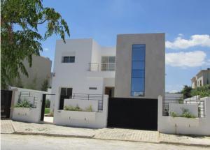 Projet réalisé : Villa  aux BERGES DU LAC