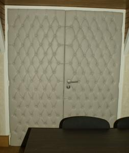 capitonnage de porte tunisie. Black Bedroom Furniture Sets. Home Design Ideas